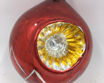 Vintage 1950s Poland Christmas Ornament Reflector Double Indent Red Finial