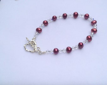 Pearl Bracelet. Cultured Fresh Water Pearl /Swarovski Crystal and Sterling Silver Bracelet