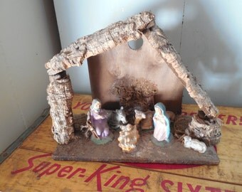 Vintage Nativity Scene With Figures Italy...Amazing