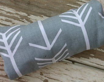 gray with white arrows with baby pink minky infant car seat padded handle cushion