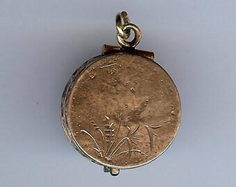 Small ANTIQUE GOLD FILL wheat design locket pendant*