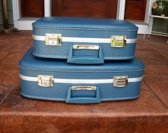 Vintage matching SET of TWO- hardside suitcases- royal BLUE -Stackable- 1970s luggage - going to grandmas - cosmetic case - overnight