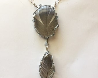Gray Feather Resin Necklace