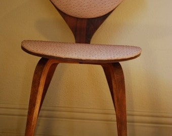 Norman Cherner Bentwood Chair for Plycraft in rare ostrich upholstery