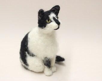 Custom Cat Portrait.Needle felted Cat.Cat Lover Gift.Sitting Cat