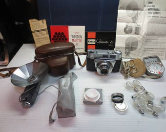Vintage Kodak Retinette IA With A Reomar 1:2.8 45mm Schneider-Kreuznach Lens With Case and Accessories