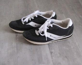 Vintage Women's Retro Champion Tennis Shoes - Size 7.5