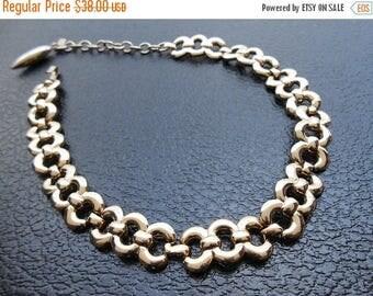 30% SALE - 50s vintage necklace - choker Monet gold choker necklace - 50s Zimmer necklace