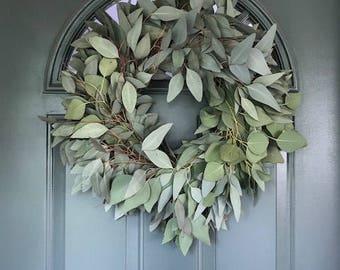 "Silver Dollar Eucalyptus Wreath - 20"""
