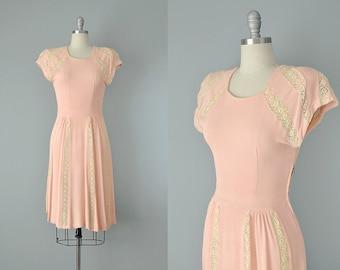 30s Dress // 1930's Pink Knit Dress w/ Cotton Lace Panels // Small