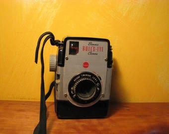 Vintage Kodak Brownie Bull's-Eye Camera
