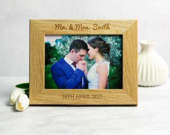 Wedding Photo Frame - Personalised Wedding Frame - Wedding Gifts For Couple - Oak Picture Frame - Photo Frame - Gift For Couple - LC188
