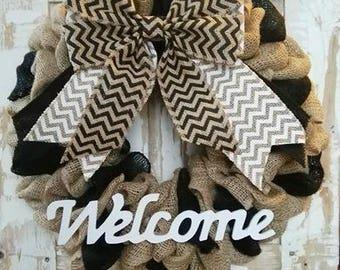 Black and White burlap wreath. Black wreath. Black chevron. White chevron. Burlap Bow