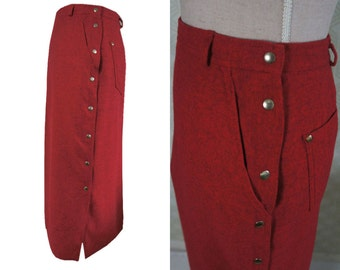 80S CLOTHING 80s red wool skirt. Pencil wool skirt. Side buttoning.  Button skirt. Belt looos