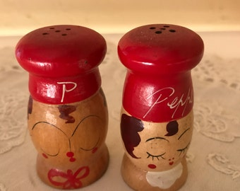 """Vintage Wooden Chef Salt and Pepper Shakers """"Peppy and Salty"""" 2 1/2 """"-Nice Condition"""