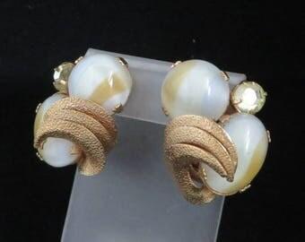 Vintage Kramer Earrings Glass Rhinestone Gold Tone Clip-on Earrings, Signed Kramer, FREE SHIPPING
