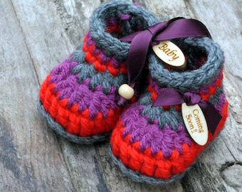 Baby Boho Booties in Wooden Keepsake Box, Pregnancy Reveal Grandparents, Coming Soon , Wooden Baby Tags Boho Shoes Baby Shower