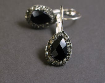 Onyx earrings-black onyx earrings-Pyrite silver plated earring-Pyrite and onyx earrings-teardrop onyx earrings-teardrop pyrite earrings