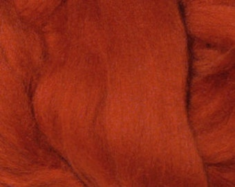 Extra Fine Merino Wool Roving / Combed Top / Wool Braid in Rust (DHG) - 4 ounces