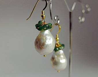 Dangle,cluster Baroque pearl Earrings Topped with a Cluster of raw emerald gemstones roundels,,gold filled earwire baroque pearl earrings