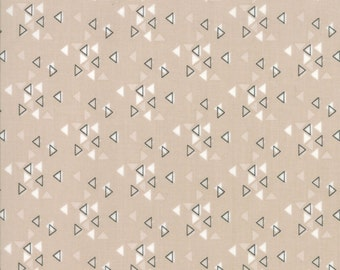 1/2 Yard - Spectrum Ombre - Triangles - Sand - V and Co - Vanessa Christenson - Moda Fabrics - Fabric Yardage - 10862-20