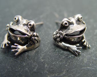 FROG POST EARRING Sterling Silver Earrings