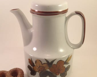 Vintage retro l970's ceramic stoneware decorative tea coffee pot carafe w/ gold, brown and olive floral design and banding