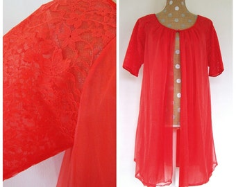 Vintage Vanity Fair Babydoll Lingerie Robe Coral Nightie Short Nightgown Lace Sleeves and Trim