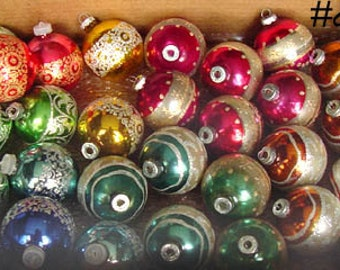 Lot of 29 Beautiful Vintage Glitter and Stripe Shiny Brite Christmas Ornaments! (Inventory #CH475)