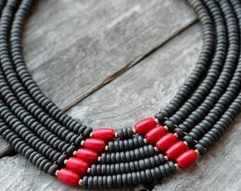 Black necklace woman-Woman ethnic jewelry-Black ethnic jewelry-Geometric jewelry red-Black ethnic necklace-Geometric necklace red-Ethnic