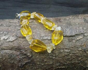 Vintage Yellow Glass  Bead Bracelet Bangle