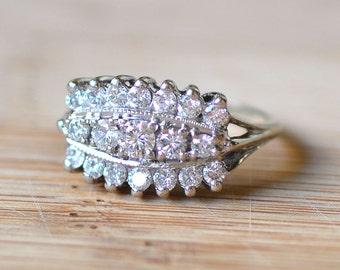 1940s 14K White Gold Ring with Diamonds - Diamond Engagement Ring - 1940s Engagement Ring - Vintage Engagement Ring