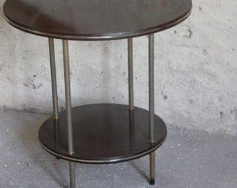 Table gueridon, double trays, round, formica brown, feet and strapping in gilded vintage 1960