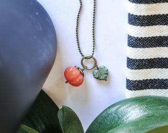 Squash Necklace, Autumn Necklace, Orange Pumpkin Necklace, Fall Necklace, Leaf Necklace, Nature Necklace, Pumpkin Jewelry, Fall Leaf Jewelry