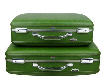 Vintage 1960s American Tourister Tiara 2 Piece Avocado Green Suitcase Luggage Set, Stacking Suitcases Pair, Storage, Wedding Photo Prop