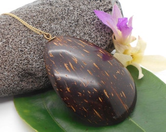 Coconut Necklace, Vintage Hawaiian Coconut Necklace, Coconut Shell, Tropical Jewelry, Hawaii