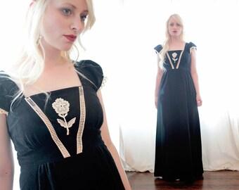 Vintage Gothic 1970s black velour velvet cotton crochet trim maxi dress Prairie Peasant gunne sax young Edwardian style 70s