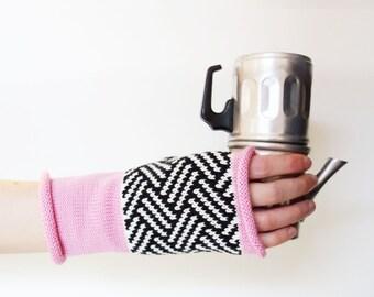 Knit wool gloves Knit fingerless gloves Knit wool glovelets 100% merino wool gloves Knit geometric gloves Pink knit gloves