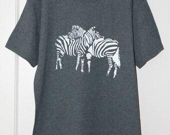 dark gray/white zebra t