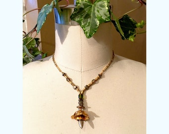 GILDED-MANE JEWELRY Brass Rose Pendant Necklace w/ Glass Beads