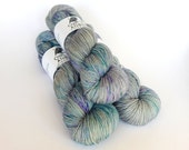 Hand dyed sock yarn, fingering weight yarn, 100% superwash Merino wool - 'Dragonfly' kettle dyed yarn, 4-ply Fortuna Sock yarn