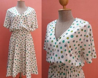 1970s Dress 70s Summer Dress Vintage Sundress Day Dress Boho Dress White Dress Polka Dot Dress Polyester Dress Pleated Dress Short Sleeve