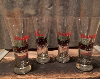 Vintage Budweiser Pilsner Glasses with The Clydesdale Winter Scene Design 7/set