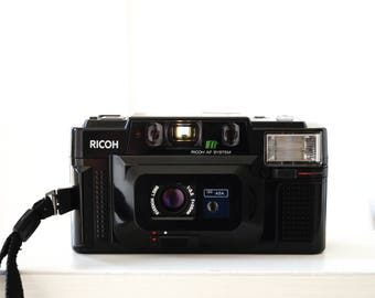 Ricoh FF-3 AF - Epic 80's Compact Camera - 35mm 2.8 - Great Yashica T3 T4 T5 Alternative