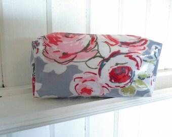 Rose garden Oilcloth Makeup Bag