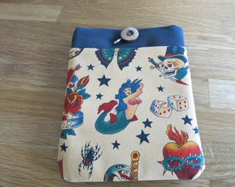 SALE! Tattoos E-reader case. Tea coloured. Fully Padded.  Front pocket.  Alexander Henry fabric.  Hand made. Skeleton charm.
