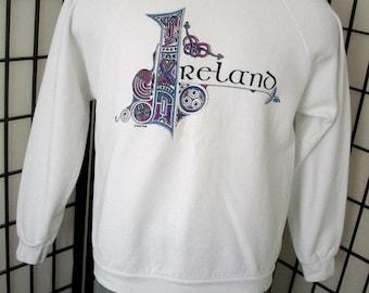 Vintage Ireland white raglan sweatshirt by Screen Stars XL