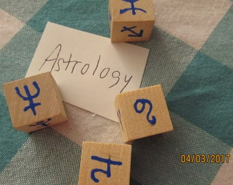 Astrology Rune Dice Divination