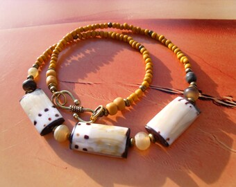 BALI shell, Horn beads, Java Precultivation mens necklace