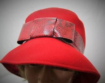 Red Neumann Endler Fairfield Felt Hat - 100% Wool